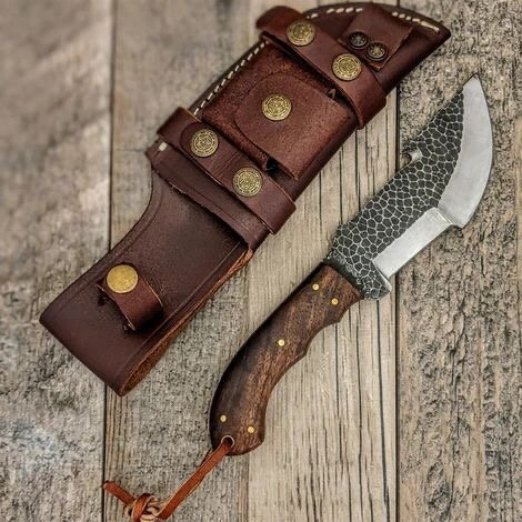 Custom Handmade 1095 High Carbon Tracker knife