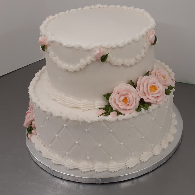 simple rose cake -