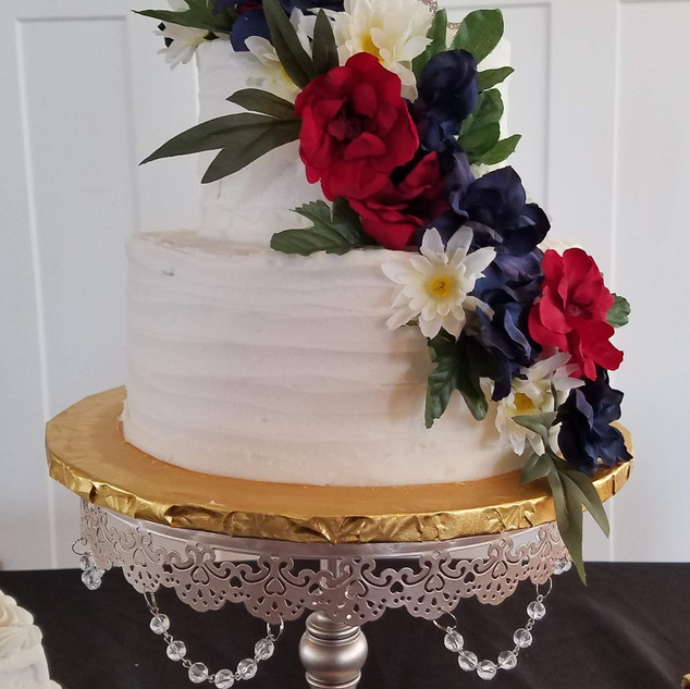 red blue flower ridge cake