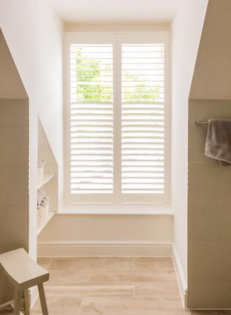 shutters-with-split-louvers-378jpg