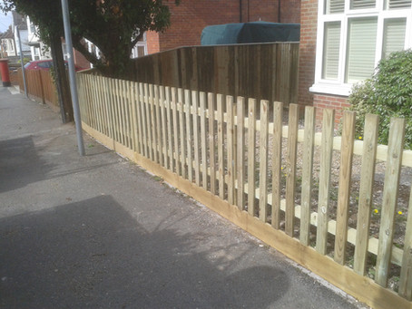 The importance of garden fencing in Hampshire and Surrey