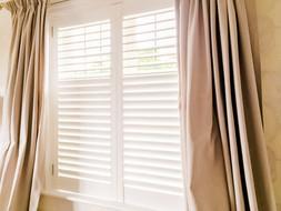 shutters-with-split-louvers-259jpg