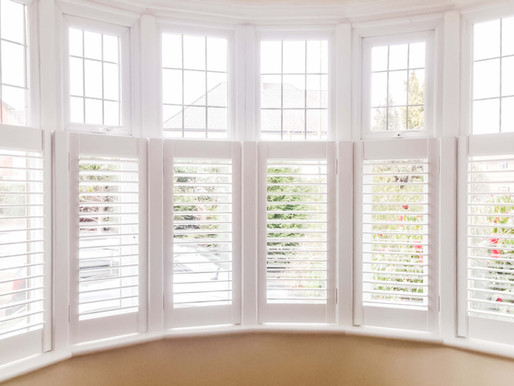 Fall in love with Café Style Plantation Shutters.