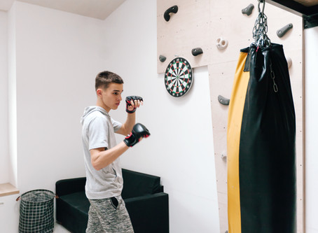 Learn boxing online in privacy from the comfort of your home.