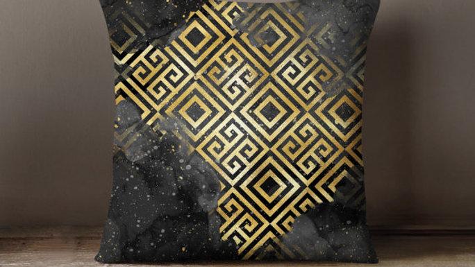 Rome Emperor Golden Pillowcase Decorative Throw