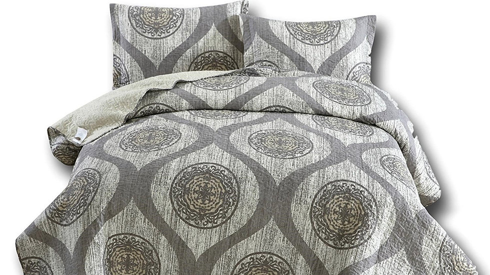 Bedding Classical Grey Mosaic Medallion Reversible Quilted
