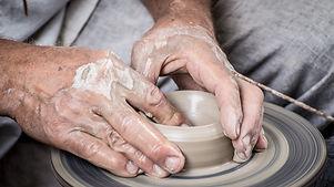 hands-1139098_1920.jpg
