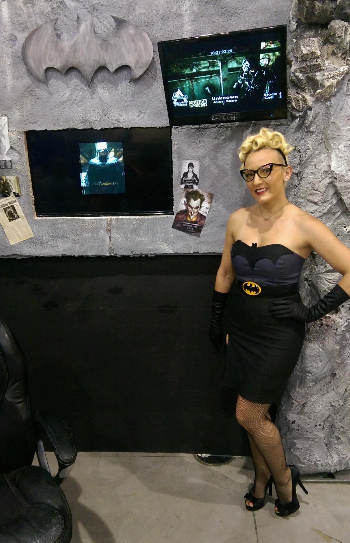 50's Batgirl Batcave