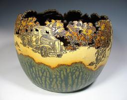 Cut-rim Bowl with Wood Ash Glazes