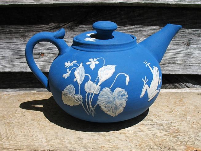 Cameo Wildflowers Teapot