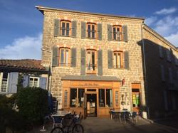 Café Saint Didier Sur Rochefort