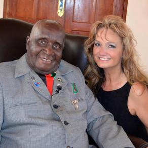 Founding President of Zambia Kenneth Kaunda Dies at Age 97