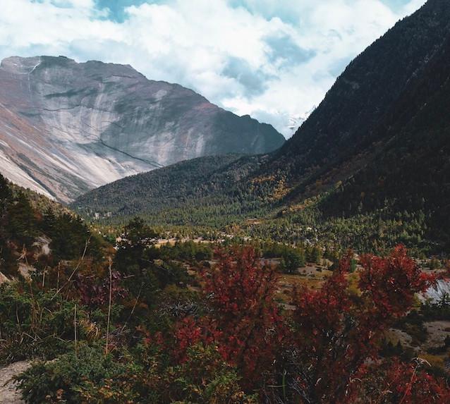 AnnapurnaCircuitinNepal.jpg