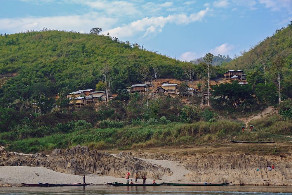 Met de slowboat over de Mekong in Laos