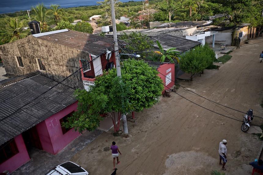 De straten van Rincon del Mar, een vissersdorp in Colombia.