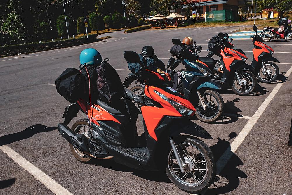 De Mae Hong Son Loop in Noord Thailand, op een scooter