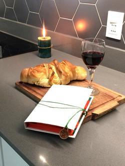 kit colorear con una copa de vino