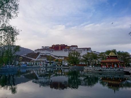 Tempat Wisata Lhasa Tibet Yang Wajib Dikunjungi