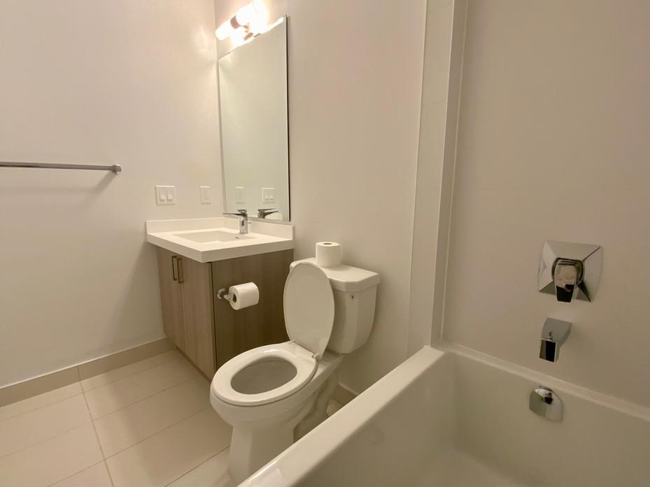 Washroom #11.jpeg