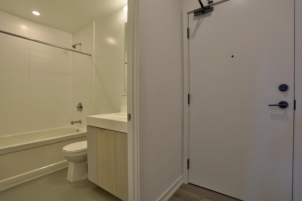 washroom 3.jpeg