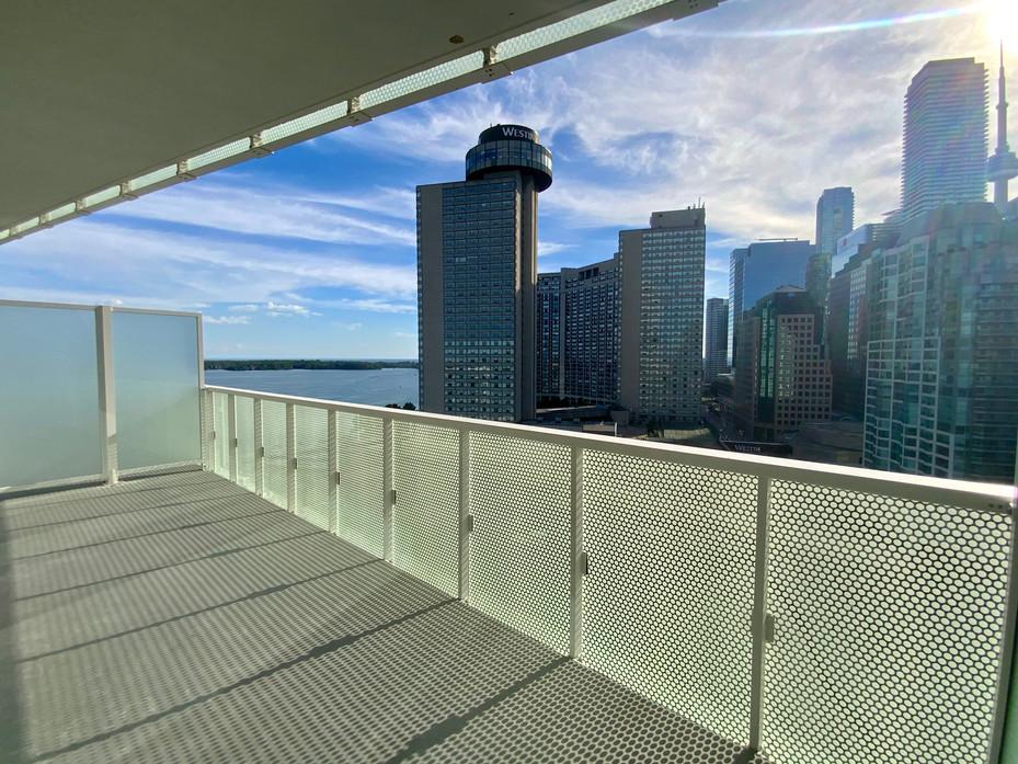 Balcony #15.jpeg