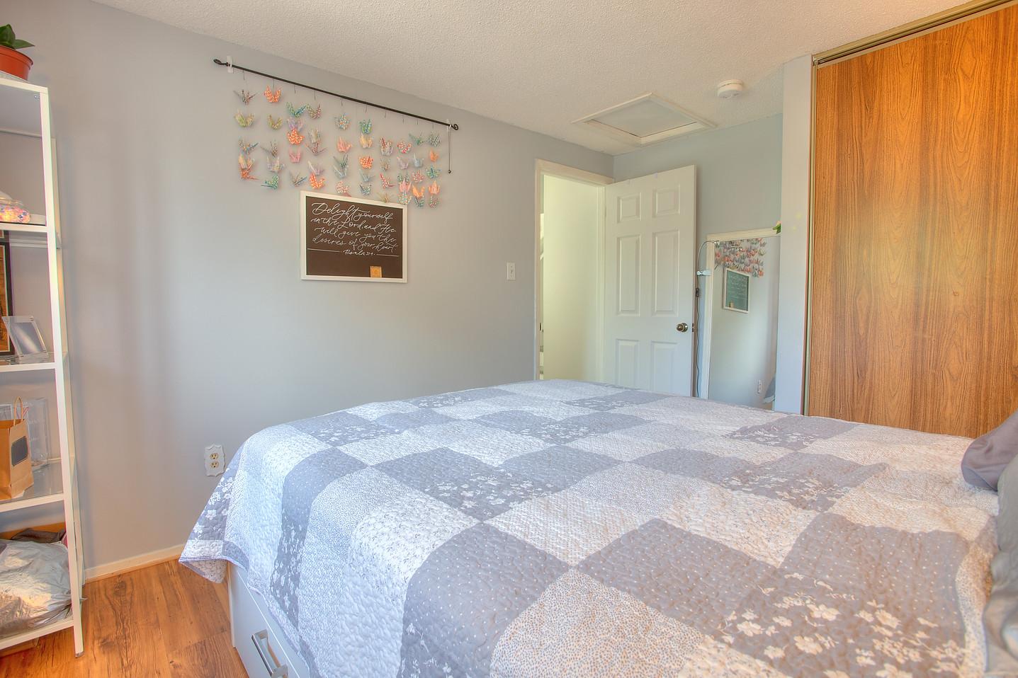 Bedroom 15.jpeg