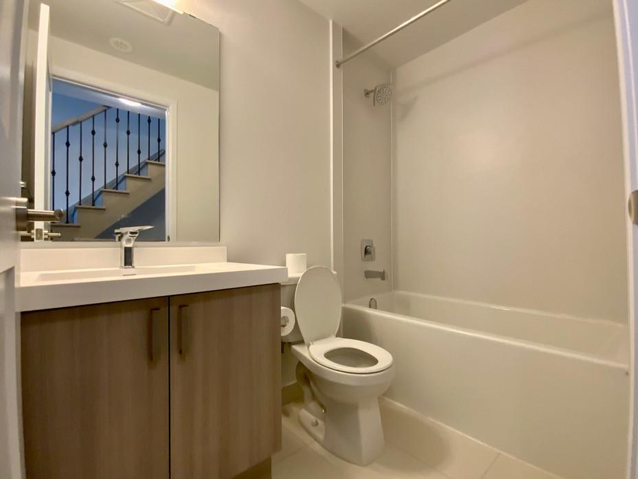 Washroom #10.jpeg