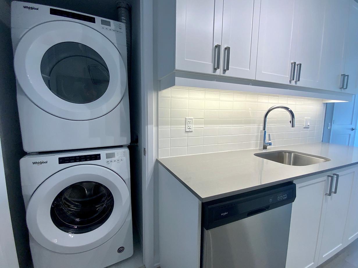 Laundry #8.jpeg