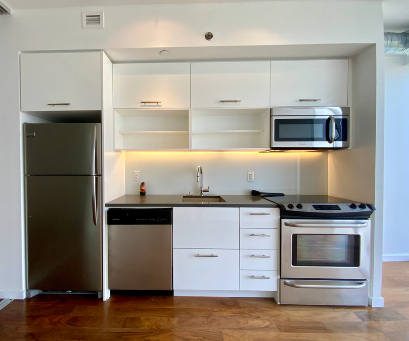 Kitchen #14.jpeg