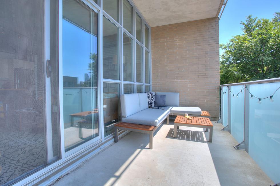balcony 21.jpeg