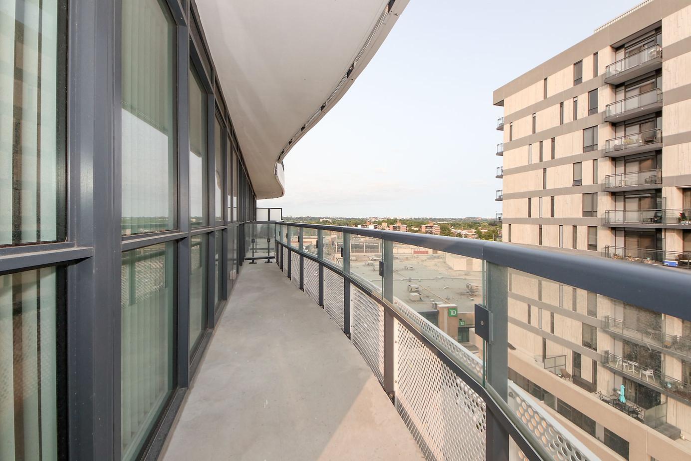 balcony-2.jpg