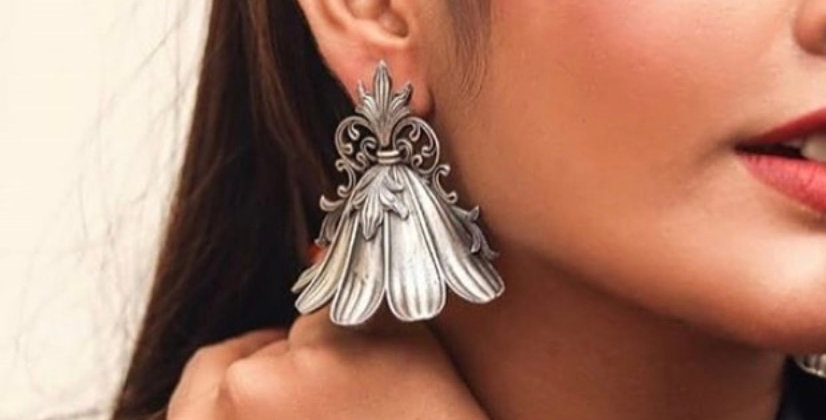 Trendy Doll earrings-Greyish silver