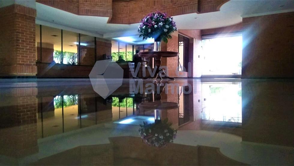 Brillado_pisos_marmol_8.jpg