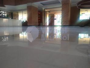 Brillado_pisos_marmol_9.jpg