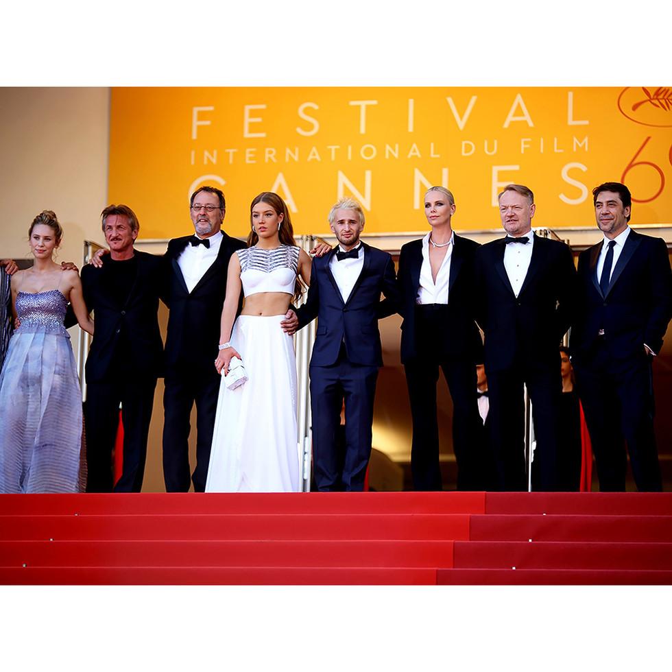 Sean Penn ,Jean Reno , Charlize Theron, Xavier Bardem