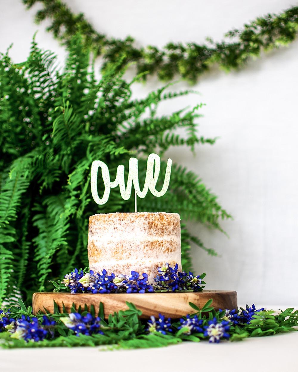 Naked cake smash cake