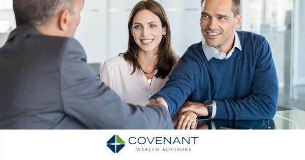 5 Powerful Questions To Ask a Financial Advisor in the First Meeting