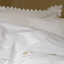 Bettwäsche handbestickt