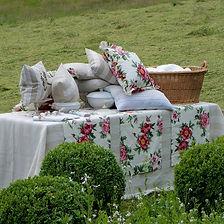 Wohnen und Garten Kissen und Tischwäsche