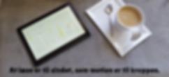 Tablet og kaffekop - læse