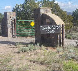 Rancho V sign