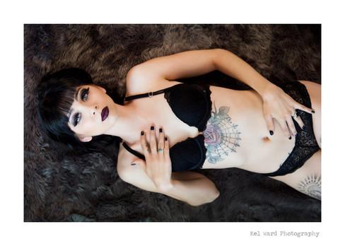 sneak-kel-ward-photography.jpg