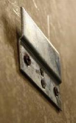 101054-BR Bar Mirror/Dartboard Mounting Bracket (1)