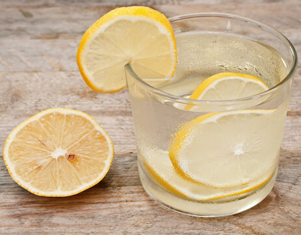 morning routine drink water with lemon
