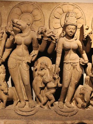 Statues_of_Vaishnavi,_Varahi,_Indrani_an