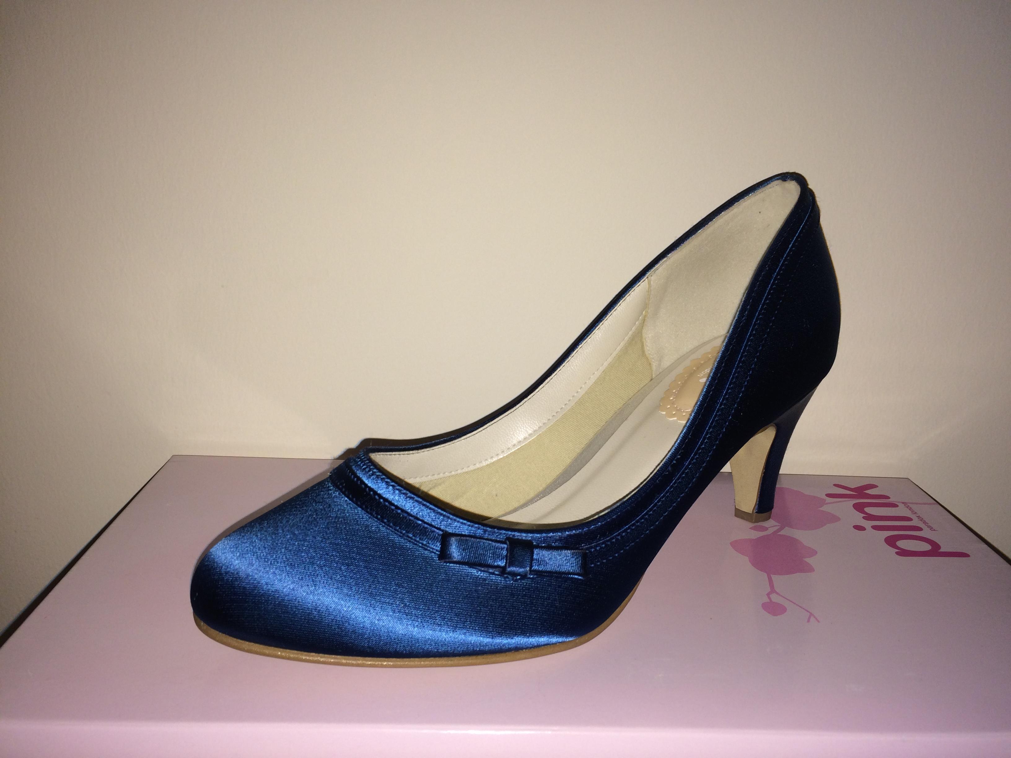 Dahlia kék
