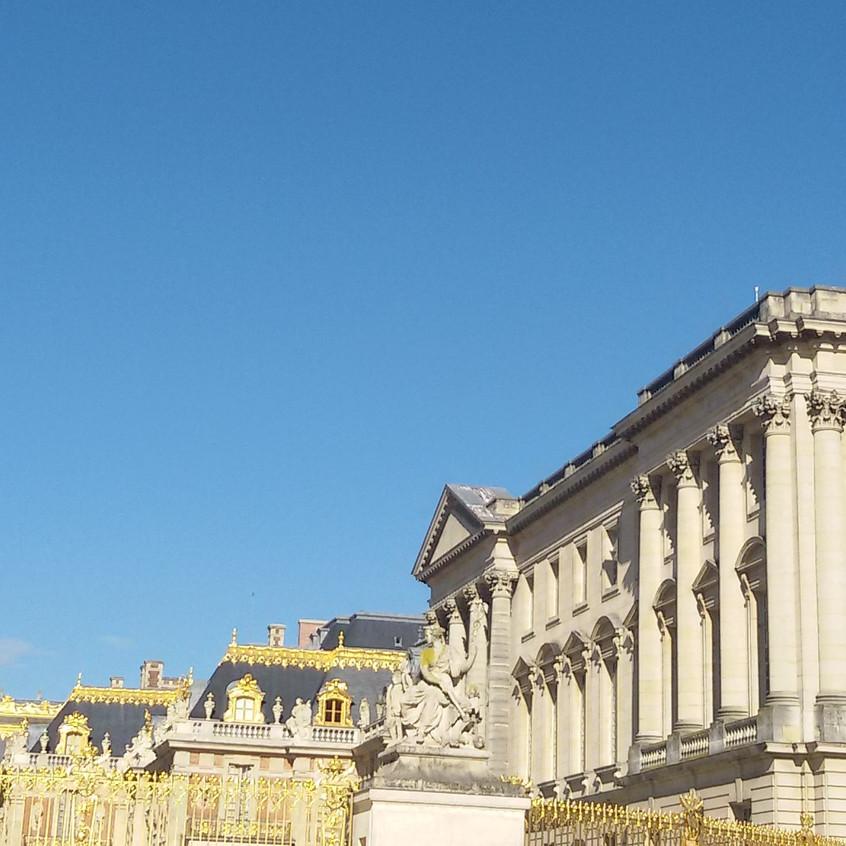 Frente do Castelo de Versailles
