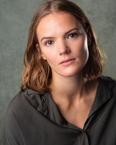 Vera Olin Headshot