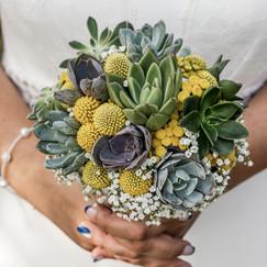 Bouquet de mariée avec plantes grasses