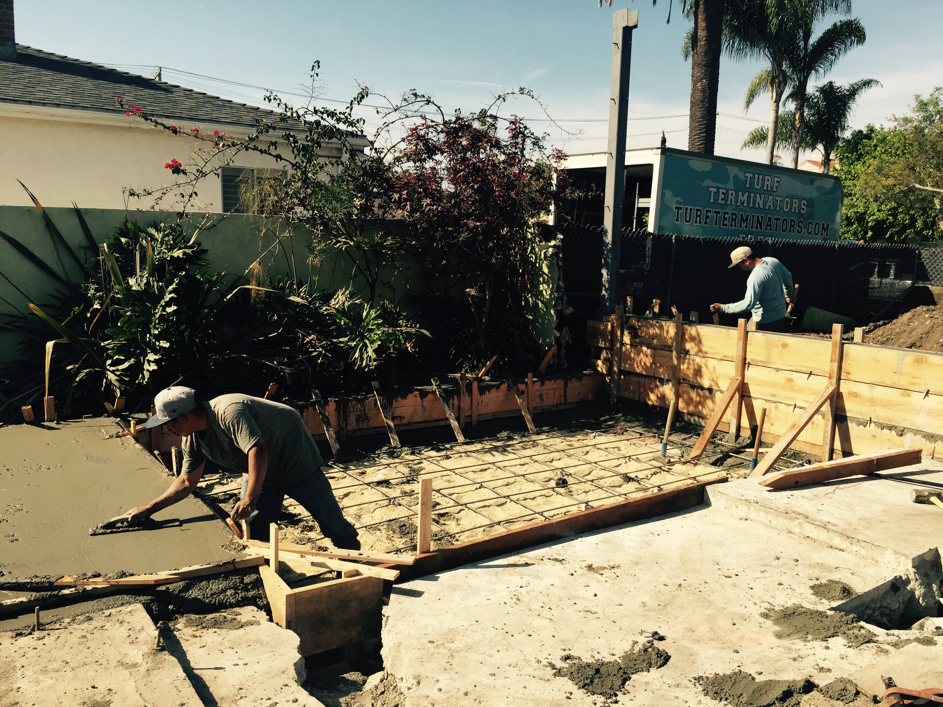 redwood construction-foundation